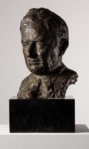 Otto Roos, Bildnis des Professors Karl Barth, 1944, Bronze, Höhe 35,5 Zentimeter, Depositum der Schweizerischen Eidgenossenschaft 1945. (Bild: Kunstmuseum St.Gallen)