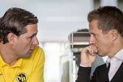 Christoph Spycher (rechts) mit seinem Trainer Gerardo Seoane vor dem Spiel gegen Valencia. (Bild: Keystone)