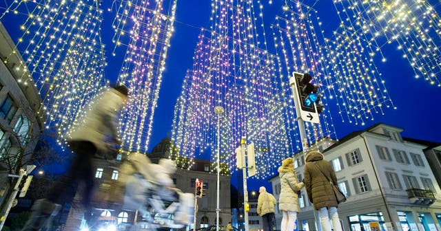 Weihnachtsbeleuchtung Zum Stecken.Beleuchtungen Der Glanz Des Lichts Hat Seinen Preis Luzerner Zeitung
