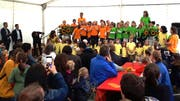 Die Kinder singen für die Gäste an der Einweihungsfeier. (Bild: PD)