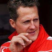 Ihn hat Jean Todt besucht: Rennfahrer Michael Schumacher (Bild: Keystone)