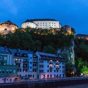 Nachts: Kufstein mit der beleuchteten Festung. (Bild: PD)