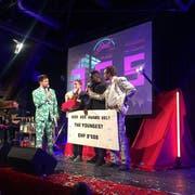 Der Kick Ass Award für den besten Song 2017 ging an «TonTonshit» von The Youngest. (Bild: Roman Hodel (Luzern, 10. Januar 2018))