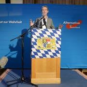 Alice Weidel, Vorsitzende der AfD-Bundestagsfraktion, spricht während der Wahlparty der AfD. (Bild: Keystone)