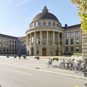 ETH-Rat entlässt Physikprofessorin. Zum ersten Mal in der Geschichte der ETH wird eine Professorin entlassen. (Bild: KEYSTONE/CHRISTIAN BEUTLER)