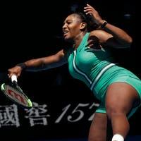 Serena Williams vergibt vier Matchbälle