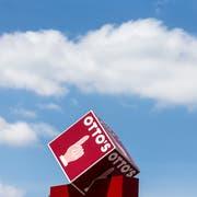 Erkennt in der Schweiz fast jeder: Das Logo von Otto's war Teil des Namensstreits. (Bild: Alexandra Wey/Keystone)