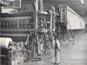 Papiermaschine von 1954.