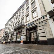 An der Marktgasse 11 befand sich bis vergangenen September noch die Hecht-Apotheke der Hausmann Holding. (Bild: Hanspeter Schiess)