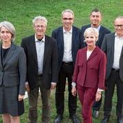 Der Luzerner Stadtrat mit dem Stadtschreiber. Die Exekutive legt eine Gemeindestrategie und ein Legislaturprogramm vor. (Bild: Archiv)