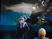 Daniel Rohr in «Der Lachs der Weisheit» am Rigiblick. (Bild: Toni Suter/T+T Fotografie)
