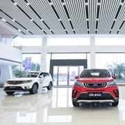 Fahrzeuge von Geely in einem Showroom in China. (Bild: PD)