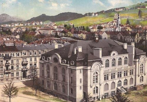 Die Tonhalle auf dem Unteren Brühl auf einer 1911 gelaufenen Ansichtskarte. Der Bau wurde nach über 20 Jahren Planungszeit von 1906 bis 1909 erstellt. (Bild: Sammlung Reto Voneschen)