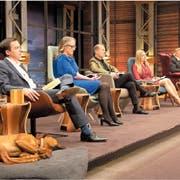 Die fünf Jurymitglieder entscheiden über Investments in die Start-ups. (Bild: TV24, 5.2.2019)