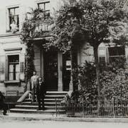 Die 1864 eröffnete Apotheke in Romanshorn. (Bild: PD)