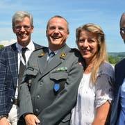 Ständerätin Brigitte Häberli, Stadtpräsident Anders Stokholm, Brigadier Werner Epper, Kdt Stv Luftwaffe, mit Ehefrau Sonja Tonassi und Heinz Huber, GL-Vorsitzender Thurgauer Kantonalbank.