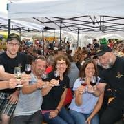 Das Weinfest-OK: Urs Giezendanner,Marco Grüninger, Hanspeter Lorenz, Conny Grüninger, Nicole Felber und OK-Präsident Kurt Grüninger. (Bild: Margrith Pfister Kübler)