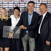 An der Verleihung: Hans Galati (TCSG), André Salamin (TCB-Gesamtleiter), Sarah Weber (NET), Christian Ecknauer (Sport KV), Sarah Rappold (NET), Andrea Meier (TCW), Paddy Kälin (TCW) und Jürg Stahl (Präsident Swiss Olympic). (Bild: PD)