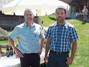 Die Bannwarte der Alpgenossenschaft Steinalp, Bruno Lussi (links) und Heinz Amstad, organisierten den diesjährigen Alpausflug. (Bild: PD)