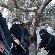Die weibliche Seite des IS-Terrors. (Bild; Screenshot)