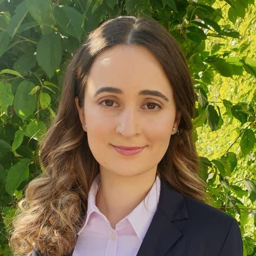 Leonora Muji, Reichenburg, BLaw, Studentin der Rechtswissenschaften, 1992. Motivation: «Ich engagiere mich für die Bekämpfung von Diskriminierung, die Stärkung der finanzschwächeren Bewohner und den Klimaschutz.»