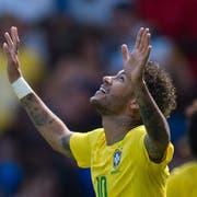Gott sei Dank: Bei seinem Comeback gegen Kroatien erzielte Neymar den Führungstreffer, am Ende stand es 2:0 für Brasilien. (Bild: Peter Powell/EPA (Liverpool, 3. Juni 2018))