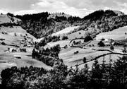 Um 1940: Höhenschwil und Egg mit dem Gasthaus Bergli. (Bild: Archiv Hans Naef)