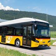 Das neue Elektropostauto wird auf der Linie Sarnen–Kägiswil–Alpnach Dorf fahren. (Bild: PD/PostAuto)