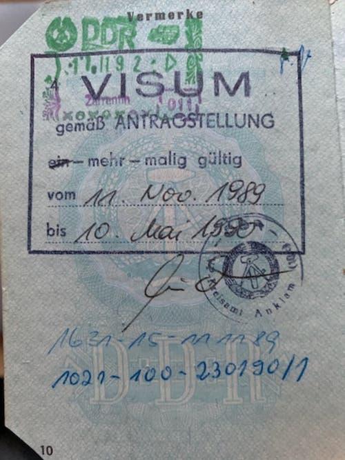 Das Visum vom 11. November 1989, das ihr erlaubte, in den Westen zu reisen. (Bild: Zur Verfügung gestellt)