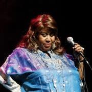 Aretha Franklin bei einem Auftritt 2006 in New York. (Bild: Keystone/AP Photo/Jason DeCrow)
