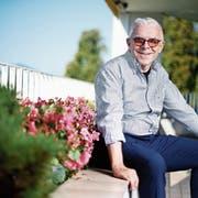 Blickt optimistisch in die Zukunft: Hans-Peter Strebel auf dem Balkon seines Meeting-Rooms in Luzern. Bild Stefan Kaiser (5. September 2018)