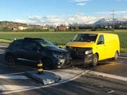 Die Fahrerin des Autos wurde beim Unfall verletzt und musste ins Spital gebracht werden. (Bild: Luzerner Polizei, 25. April 2019)