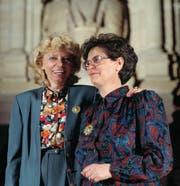 Christiane Brunner (links) verpasste die Wahl 1993 – Bundesrätin wurde ihre SP-Parteikollegin Ruth Dreifuss. (Bild: Keystone)