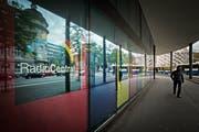 Das Gebäude am Pilatusplatz Luzern mit Sitz des Radio Central. (Bild: Pius Amrein)
