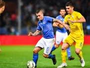 Italien, hier mit Marco Verratti, spielt im Test gegen die Ukraine 1:1 unentschieden (Bild: KEYSTONE/EPA ANSA/SIMONE ARVEDA)