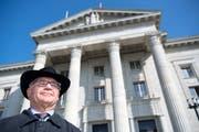 Der frühere Banker Rudolf Elmer hat das Bankgeheimnis nicht verletzt. Das hat das Bundesgericht entschieden und eine Beschwerde der Zürcher Staatsanwaltschaft abgewiesen. (Bild: Laurent Gilliéron / Keystone (Lausanne, 10. Oktober 2018))