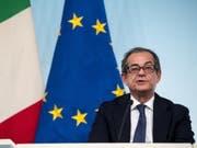 Italiens Wirtschaftsminister Giovanni Tria will alles in seiner Macht stehende tun, um das Vertrauen der Finanzmärkte wiederherzustellen. (Bild: KEYSTONE/EPA ANSA/ANGELO CARCONI)