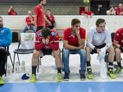 Enttäuschte Gesichter: Pfadi Winterthur kassiert die zweite Niederlage (Bild: KEYSTONE/MELANIE DUCHENE)