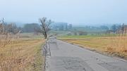 Die Sägelstrasse führt mitten durch die geschützte Landschaft (Archivbild Bote der Urschweiz)