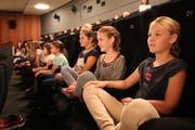 Im Kino Leuzinger lassen die Schüler eine ereignisreiche Herbstferienwoche ausklingen. (Bild: Remo Infanger, Altdorf, 12. Oktober 2018)
