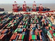 Chinas Aussenhandel ist im September trotz des Handelskrieges unerwartet stark gestiegen. (Bild: KEYSTONE/AP CHINATOPIX)