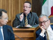 Der Bündner Martin Schmid (mitte) und der Zürcher Ruedi Noser (rechts), wollen nicht in den Bundesrat. Beide Ständeräte geben Karin Keller-Sutter den Vorrang. (Bild: KEYSTONE/LUKAS LEHMANN)