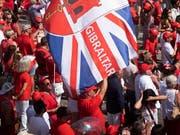 Der erste Pflichtspielsieg wird in Gibraltar gefeiert (Bild: KEYSTONE/AP/MARCOS MORENO)