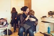 Die Mutter gab vor Gericht an, sie habe ihren traumatisierten Sohn vor einer Begegnung mit dem Vater schützen wollen. (Bild: Symbolbild: Getty)