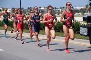 Jolanda Annen (zweite von rechts) erreicht beim Weltcuprennen in Sarasota den starken 5. Rang. (Bild: PD, 13. Oktober 2018)