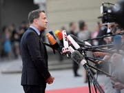 Luxemburgs Regierungschef Xavier Bettel reklamiert den Wahlsieg am Sonntagabend für sein Regierungsbündnis. (Bild: KEYSTONE/EPA/CHRISTIAN BRUNA)