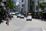 Die Haltestelle Steinhof an der Zuger Bahnhofstrasse soll wieder in Betrieb genommen werden. (Archivbild: Stefan Kaiser)