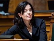 Absage von FDP-Nationalrätin Regine Sauter: Sie hat sich am Montag per Facebook-Eintrag selber aus dem Rennen um die Nachfolge von Bundesrat Johann Schneider-Ammann genommen. (Bild: Keystone/PETER KLAUNZER)