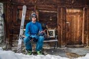 Dan Loutrel gönnt sich im Jahr 2017 auf einer Tour im Lötschental eine Pause. (Bild: Martin Wabel/bildsektor)