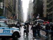 Ein «Jubiläum» der besonderen Art: Erstmals seit 25 Jahren hat die US-Metropole New York ein Wochenende ohne Schiesserei und Morde erlebt. (Bild: KEYSTONE/EPA/JOHN TAGGART)